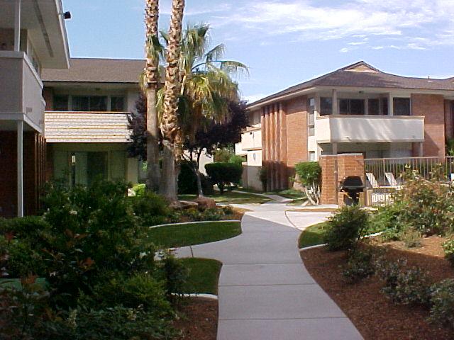 LVCC Walkway